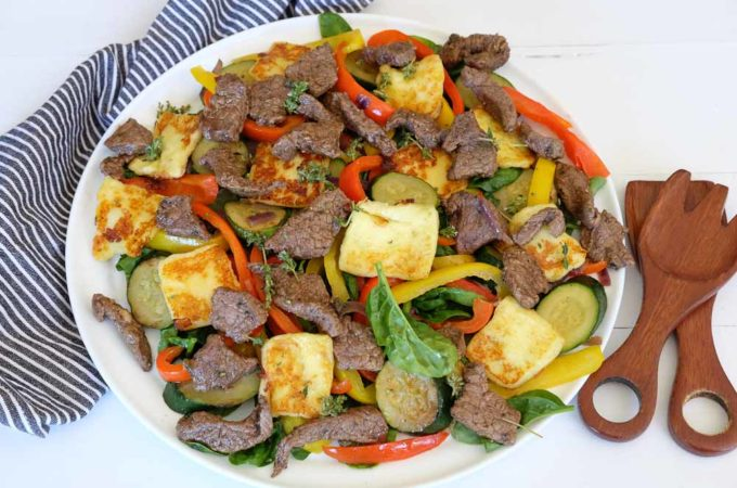 Sweet capsicum, beef and halloumi salad (and a competition!)